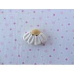 daisy white - sideon